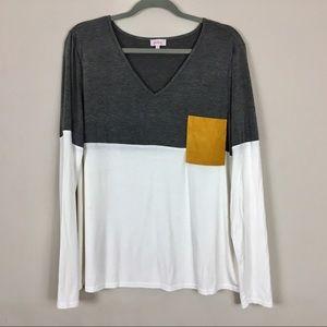 Color block top v-neck, long sleeve XL